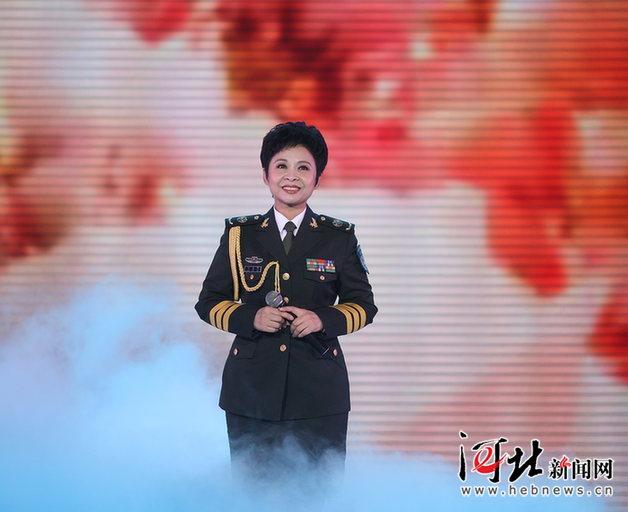 董文华演唱《今天是你的生日中国》