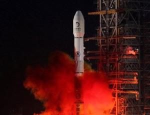 新闻专题 嫦娥2号奔月直播