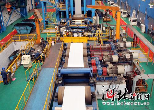 北钢重组南钢联手 钢铁产业调整步伐加快